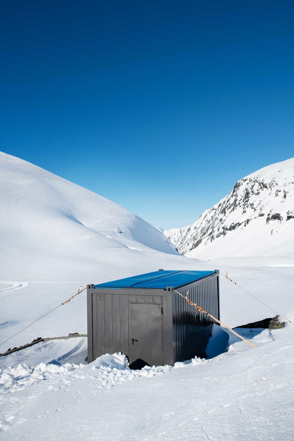 Har du tatt en cola på uteserveringa på Strynefjellet og Lurt på hva denne containeren er til? Nå får du svaret.