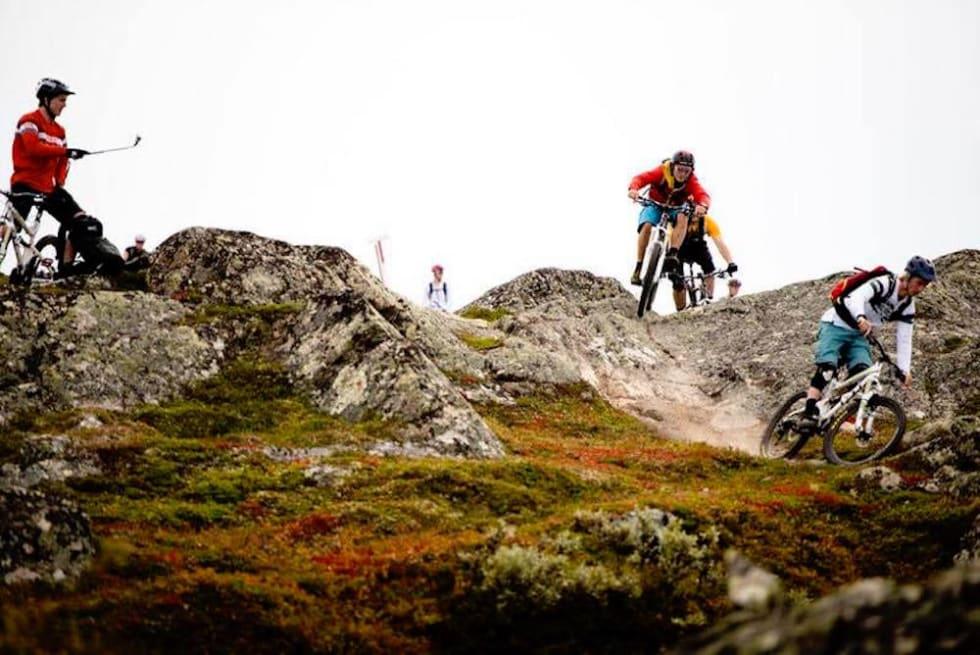 Oppdal stisykkel camp trails and riders - foto Arrangøren 1000x668