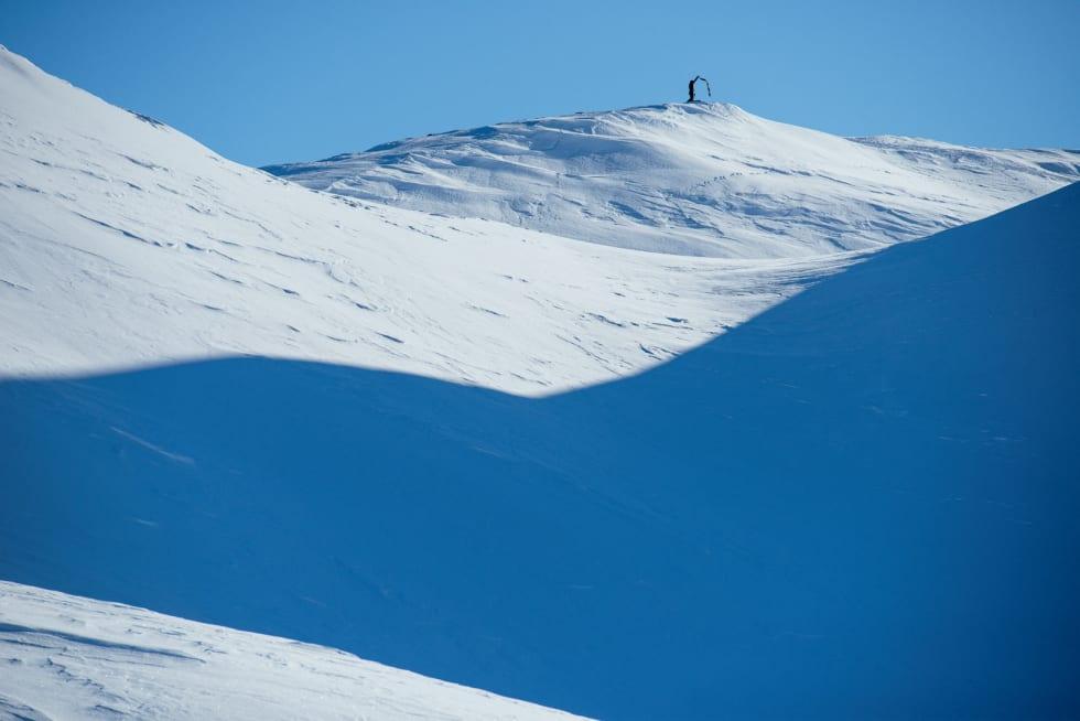 STØTEVÊR: Der austland møter vestland kan ein atter sjå slike fjell og dalar. Eller skiterreng, som Vinje kanskje hadde kalla det i dag. Foto: Anki Grøthe