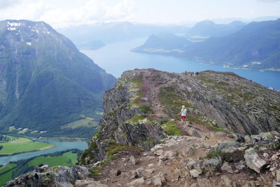 16-observasjoner-fra-Romsdalseggen_erlend sande