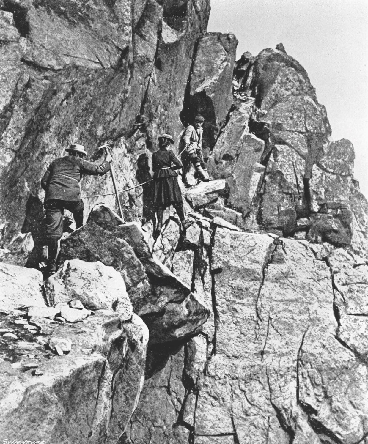 Slingsby, Bertheau, Berge galleriene 1900 - Foto-George Percival Baker