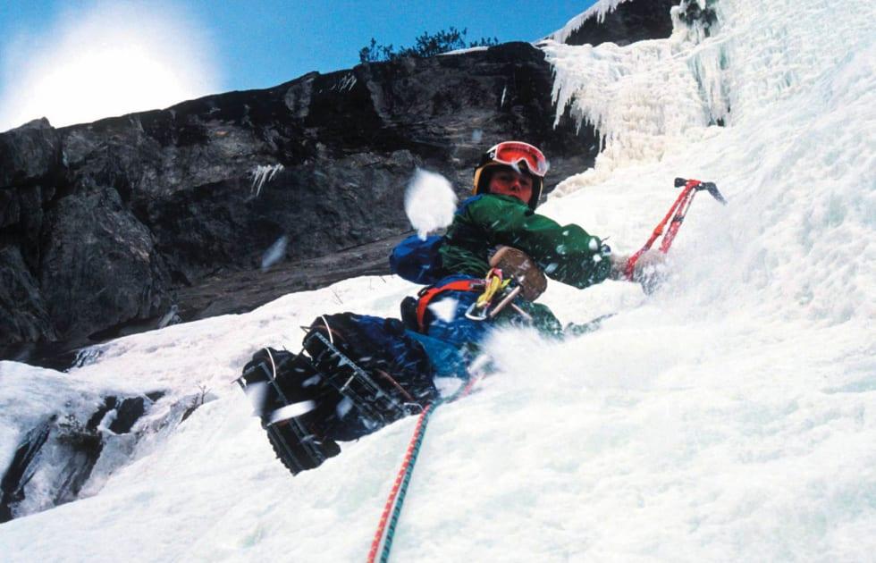 Enkelt: Andreas på Jukulkula (WI4, 300 m.) ved Vågå. Foto: Fredborgs samling