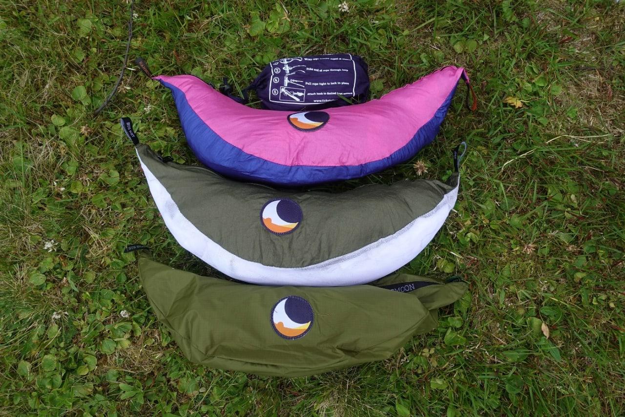 Hengekøye, myggnetting og tarp fra ticket to the moon, kjøpes separat.