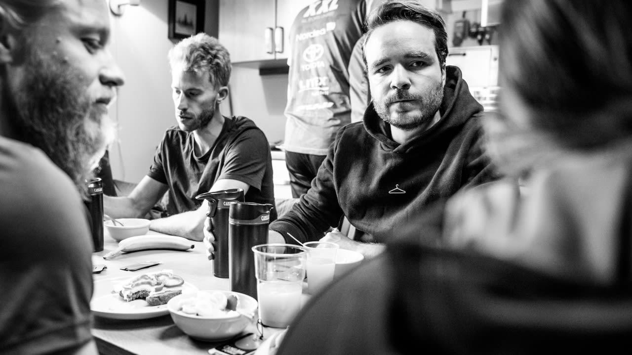 MORGENMAT: Kaffe, eggerøre med profesjonell vri, kruska, kli og alt annet som hører en god frokost til.