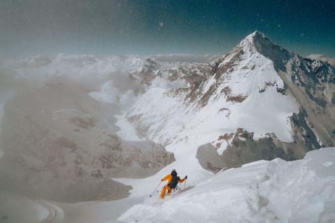 STARTEN: Jim Morrison i ferd med å ta den første svingene fra toppen. Foto: Nick Kalisz