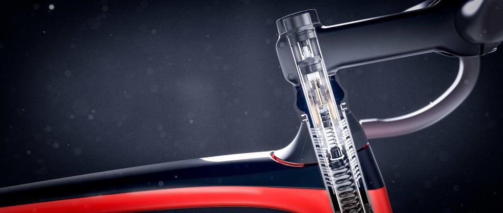 SAME BUT DIFFERENT: Frontdemperen har samme plassering på sykkelen som før, og gjør forsåvidt samme jobb. Men den nye versjonen er en stor forbedring.