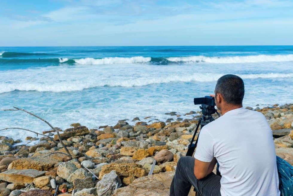 FANGES PÅ FILM: Store deler av kurset innebærer at coach Paulo Rodrigues filmer kursdeltakerne for så evaluere økta i etterkant. Foto: Hallvard Kolltveit