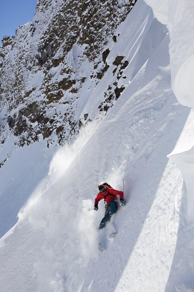 I FRONT: Guiden Daniel Loutrel er fjellføreren fra Andermatt som er like god til å spøke som å kjøre ski.