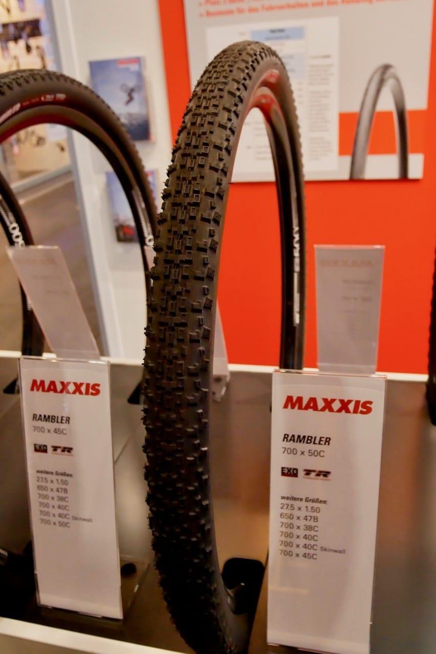 RASKE PÅ GRUSEN: Maxxis Rambler var et populært dekk i BukkeBirken i år, men da i smalere versjon enn 50mm.