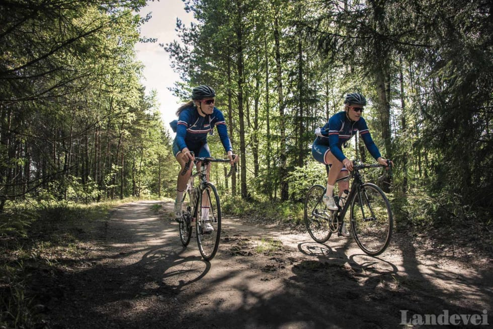 POMPEL OG PILT: Kristin Bærland og Kirsti Ruud fra Hasle Løren.