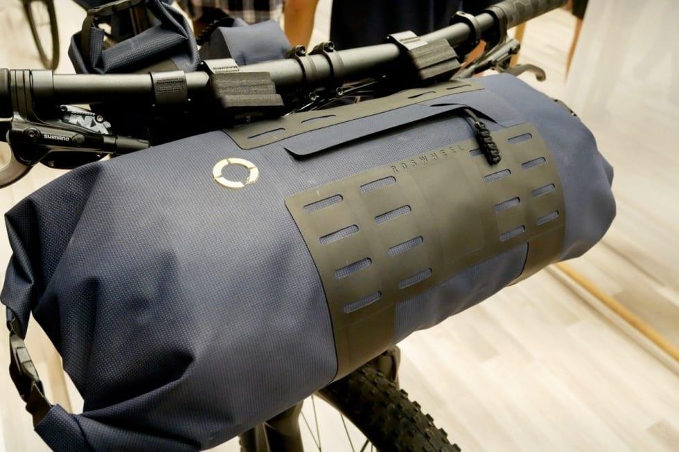 FIN FINISH: Roswheel-veskene ser solide og fine ut.