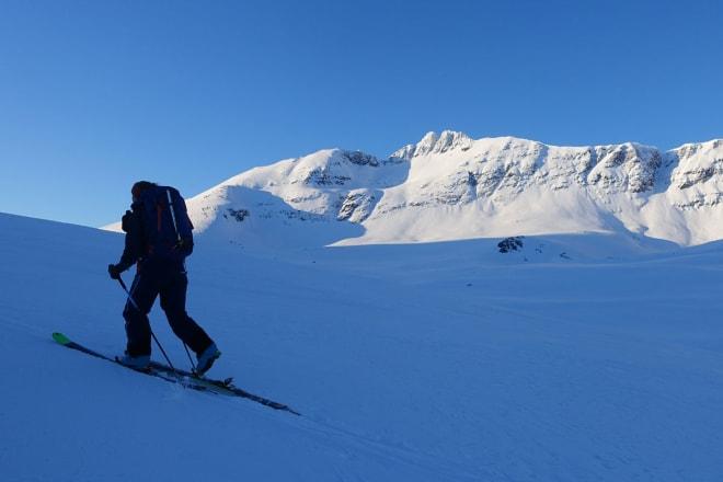 – DET HAR LETT FOR Å GÅ BRA: – Skimiljøet er fullt av kule og dedikerte jenter og gutter som ønsker å bli bedre, akkurat som toppidrettsutøvere, og det er veldig artig, sier Ingvild Farstad. Foto: Tore Meirik