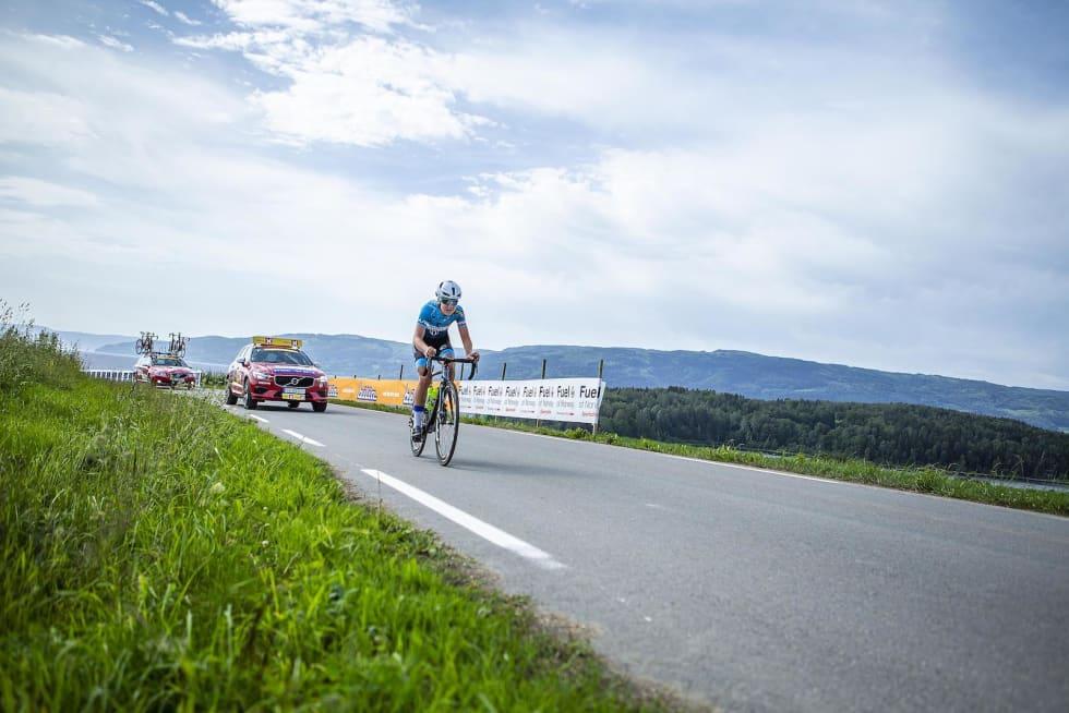 Ingrid Lorvik syklet alene i front store deler av rittet. Foto: Pål Westgaard
