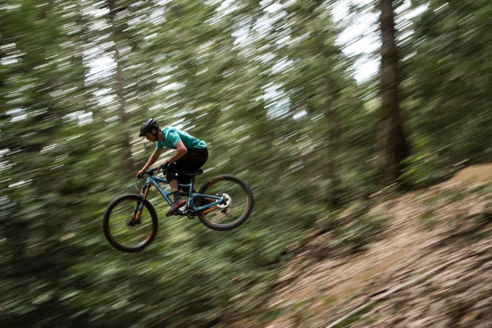 SOLID: Ripmo er tiltenkt hard bruk i høy fart. Foto: Ian Collins/Ibis