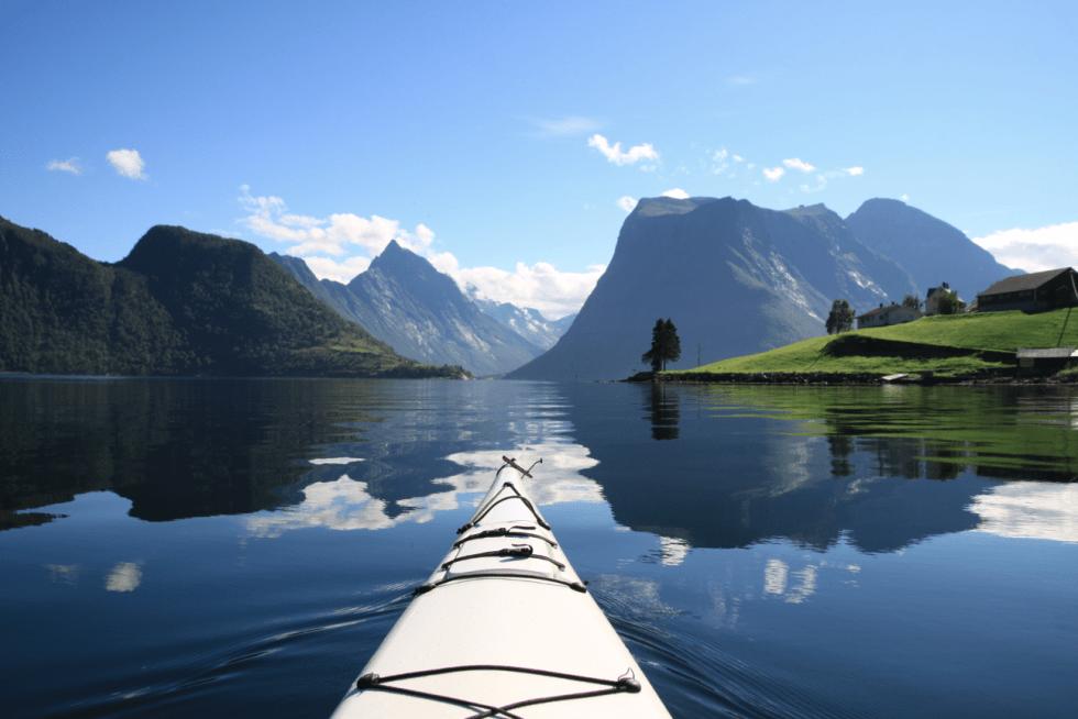 UNIK PLASS: Sunnmøres ultimate eventyr blir hevdet å være konseptet «Hjørundfjorden rundt». FOTO: Arild Eidset