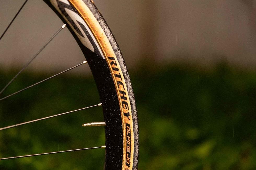 FINE DEKK: Ritchey-dekkene har et klassisk utseende og gode egenskaper både på asfalt og grus.