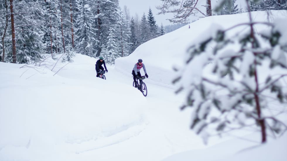 DISNEYJUL: Vinteren i fjor var magisk, med annerledes sykkelopplevelser i skogen. Foto: Marcel Battle.