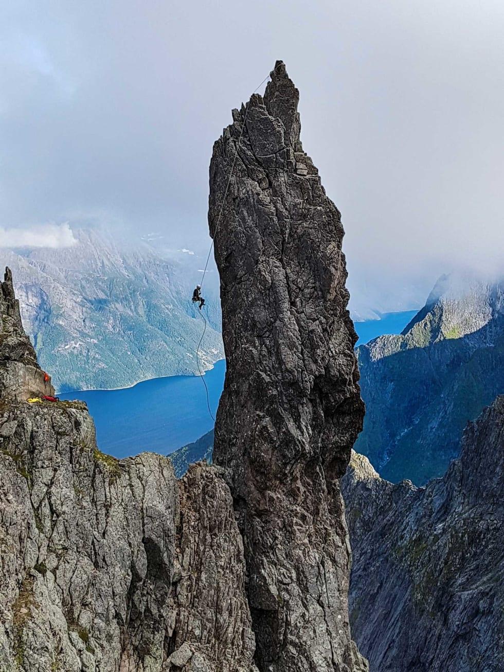 Retur: Øystein Dahl på vei ned frå Giganten. Foto: Stig Petter Driveklepp
