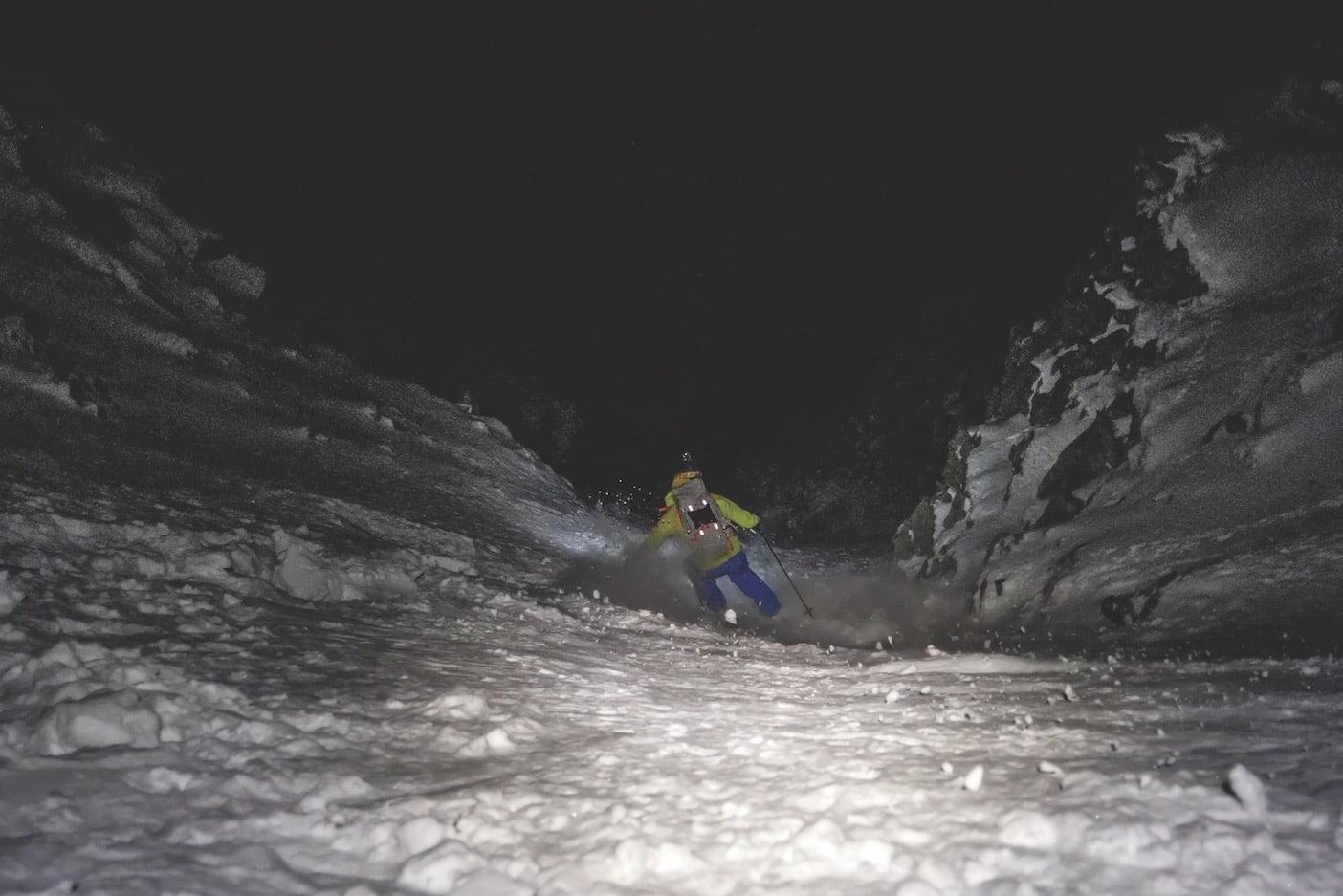 PERFEKT :Inni i Ramborenna lå det litt mer snø enn utenfor - akkurat nok for vårt formål.