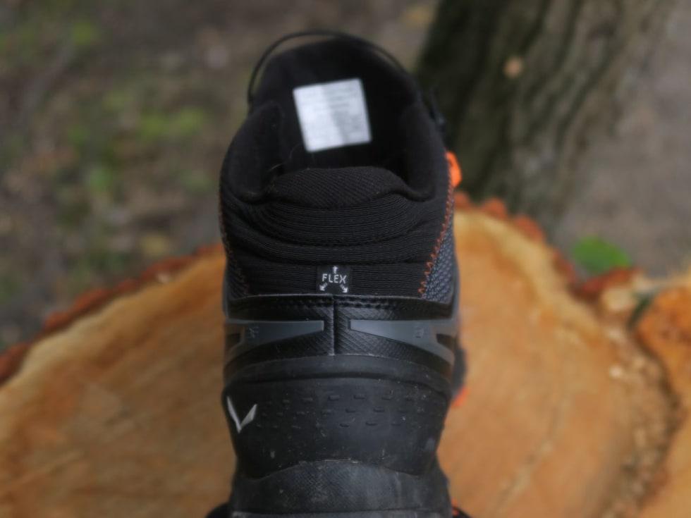 HØYT SKAFT: Baksiden av Salewa-skoen kan gnisse mer mot akilles enn joggeskoen, spesielt i nedoverbakker.