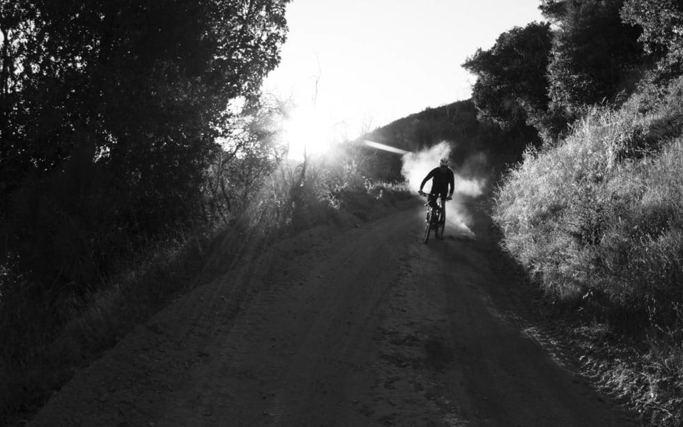 DEN AMERIKANSKE DRØMMEN: Slipp bekymringene fri og slædd nedover en støvete grusvei i California i sommer.