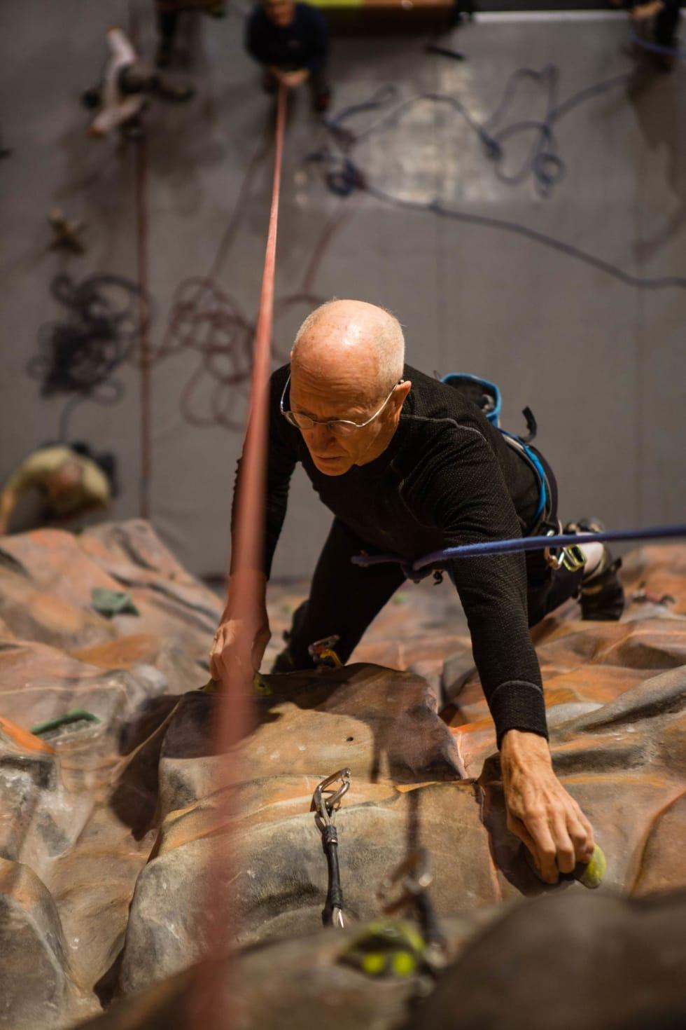 Legende: Ralph Høibakk er i superform i en alder av 82.
