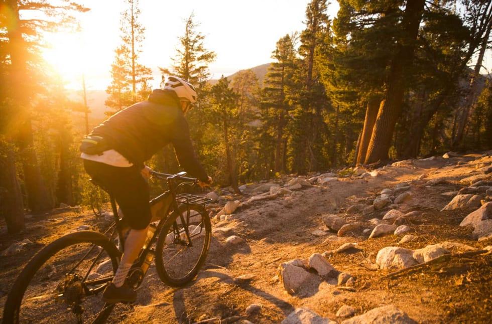 HØYT OVER TAHOE-SJØEN: Kveldstur langs Tahoe Rim Trail, bare noen timer før helvetet braker løs.