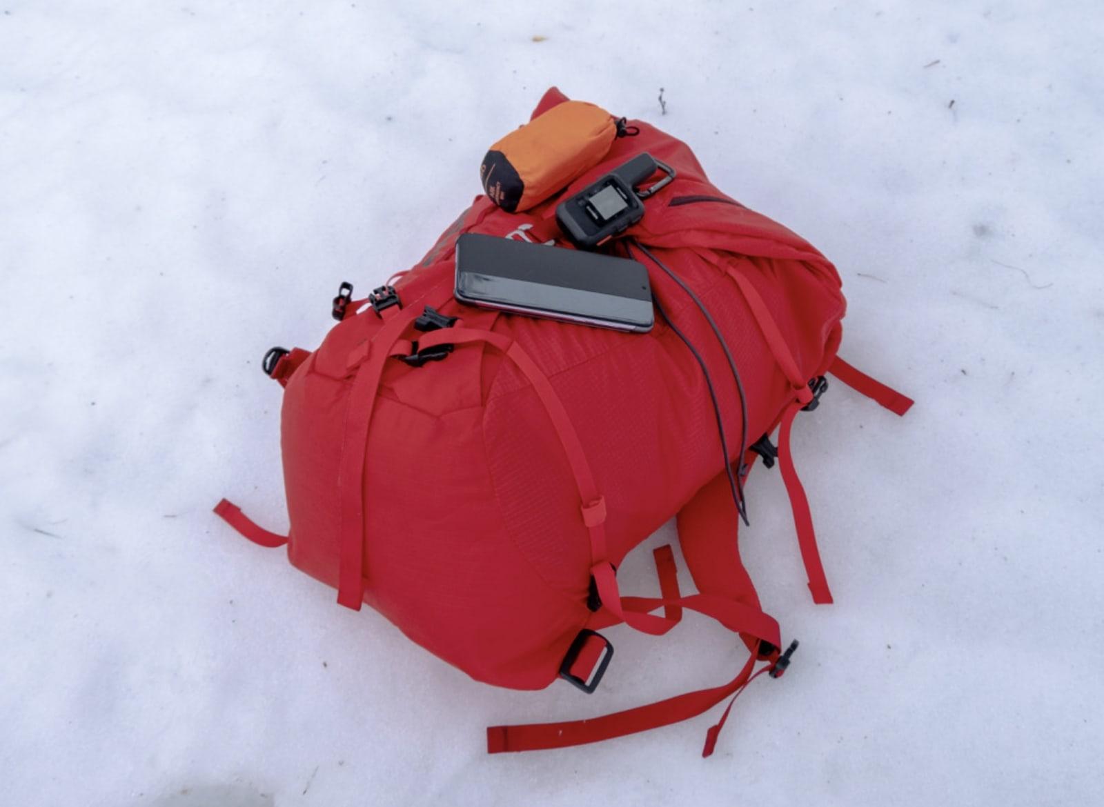 førstehjelp på tur ta med batteri bibuacpose nødpeilesender