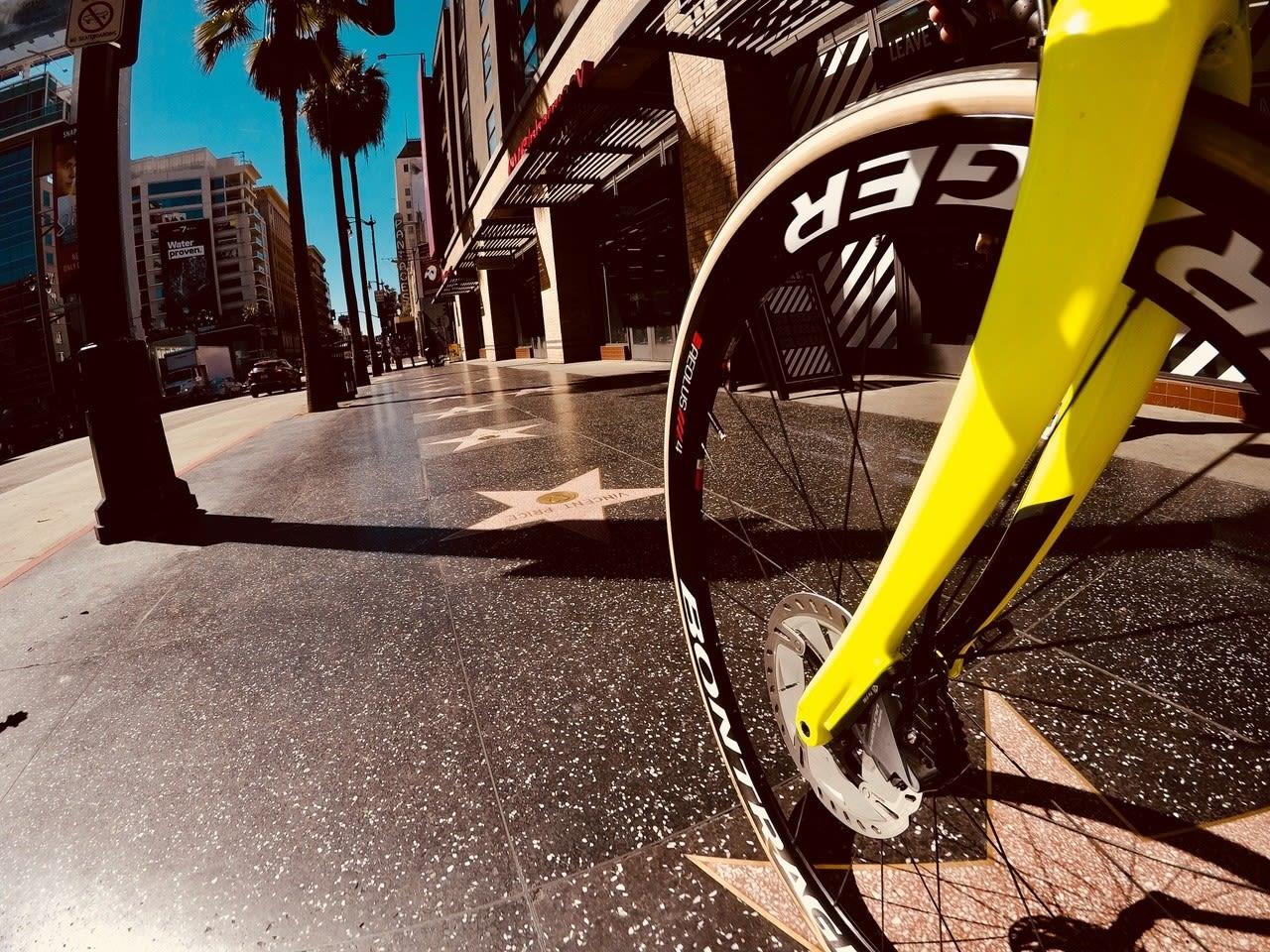 WALK OF FAME: Jonas Orset svingte innom Hollywood med sykkelen på sin reise gjennom Amerika. Foto: Jonas Orset