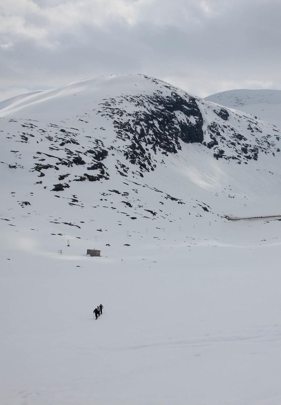 På vei mot Sætreskarsfjellet. Foto: Arnt Flatmo. / Trygge toppturer