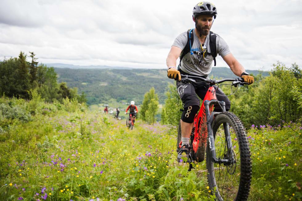 Guidede turer av ulike slag var som vanlig en stor del av sykkelprogrammet på Hillbilly Huckfest. Foto: Håvard Brennhovd