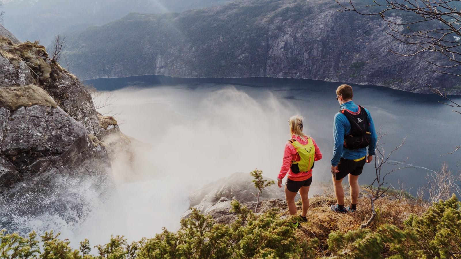 HEFTIG: Langfoss ble i 2011 kåret av en av verdens ti vakreste fosser avCNN/Budget Travel. Bilde: Magnus Roaldset Furset