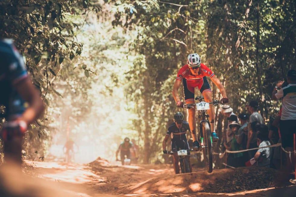 Erik Hægstad VM 2017 Cairns 3 - Mick Ross : Flow Mountainbike 1400x933