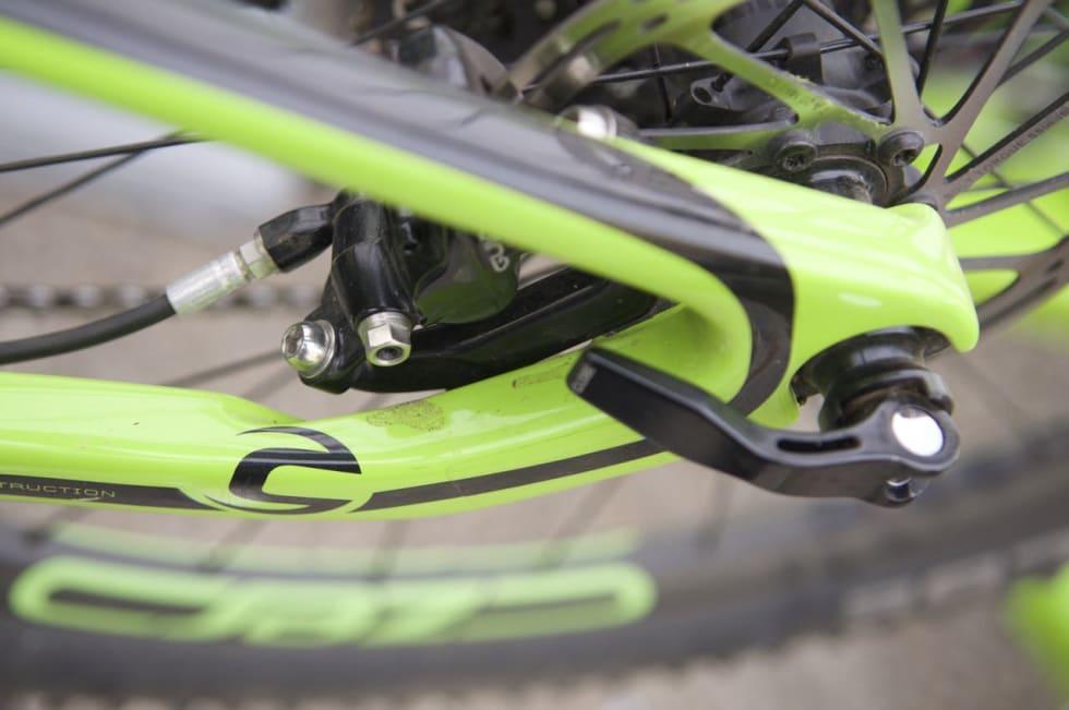 FLATT FESTE: Flat mount er allerede standard på racere med skivebremser, Cannondale-oppfinnelsen har blitt adoptert av Shimano og vil sikkert komme på flere terrengsykler i fremtiden.