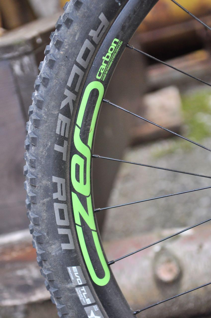 EGENPRODUKSJON: Cannondale gjør som flere andre produsenter og produserer nå sine egne hjul. CZero-hjulene på Habit 1 veier 1600 gram og har 23mm innvendig felgbredde.