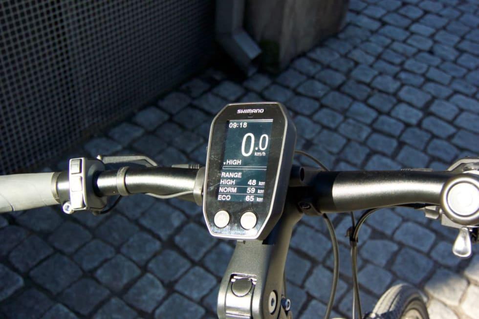MASSE INFORMASJON: GT Traffic har et overlegent display med topp oversikt over rekkevidden. Foto: Øyvind Aas