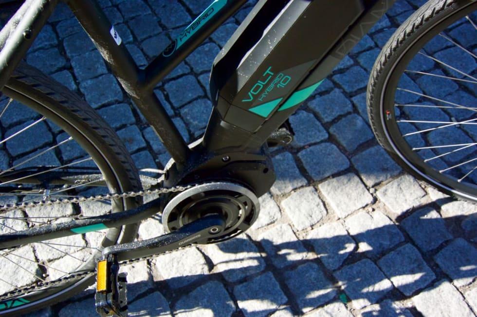STEPS: Krankmotoren fra Shimano er sterk i bakkene. Foto: Øyvind Aas