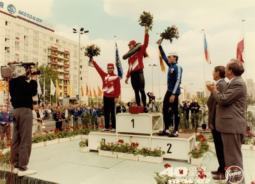FADESE: Sovjetrussiske Wassili Schdanow vant prologen i Øst-Berlin foran hjemmefavoritten Uwe Ampler. Ikke engang Stasis trusler gjorde at Ampler kunne vinne.