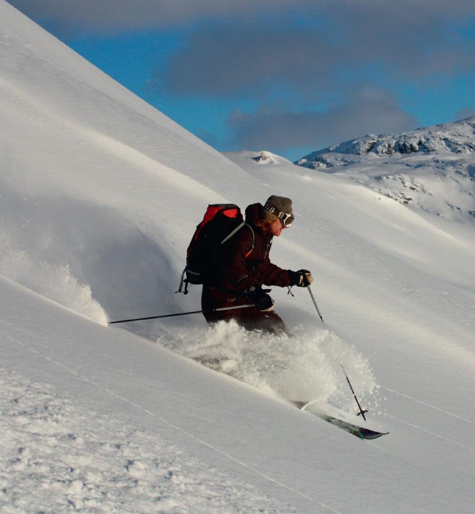 Ned frå Blåfjellet. Foto: Brit Siv Fimland. / Toppturar i Sunnfjord.