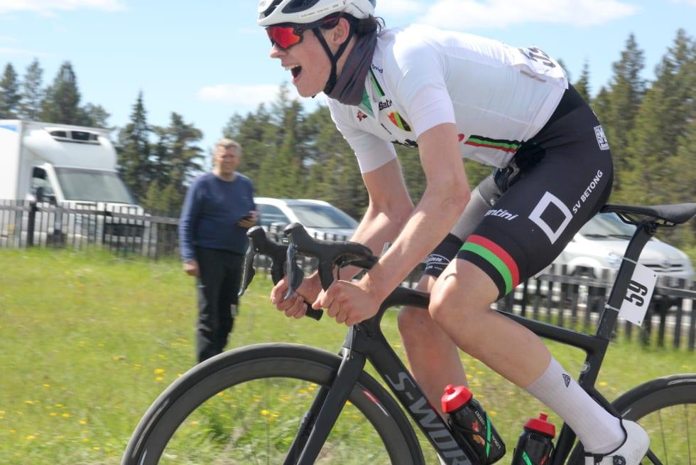 NEST BEST: Fredrik Finnesand fra Sandnes SK ble nummer to på fellesstarten til juniorgutta i Tour te Fjells. Foto: Ingeborg Scheve