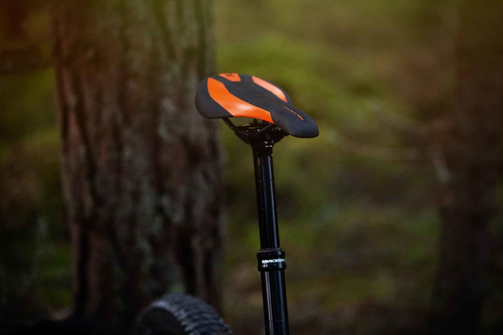 LITT KORT: En så kapabel sykkel fortjener senkepinne med 150mm vandring i str L.