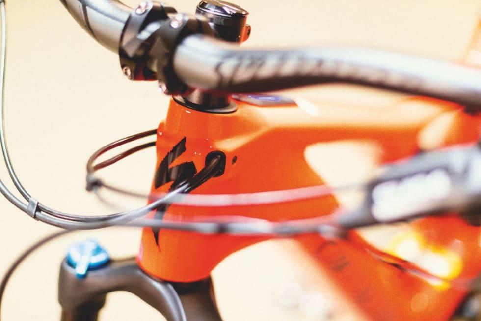 RETT INN: Vaierføringen er ryddig og funksjonell.