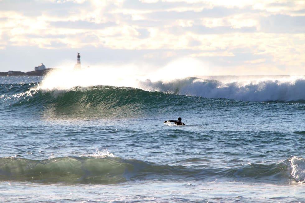 Nirvana. Et par padletak unna dere barna surfet var det rom for selvrealisering. Foto: Audun Holmøy Røhrt