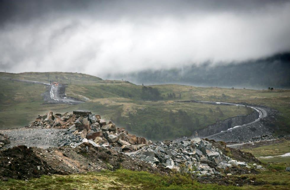 NYTT VEINETT: For hver eneste vindturbin bygges i snitt 800 meter vei. Stein sprenges ut av fjell i vindkraftområdene for å brukes som byggematerialer.