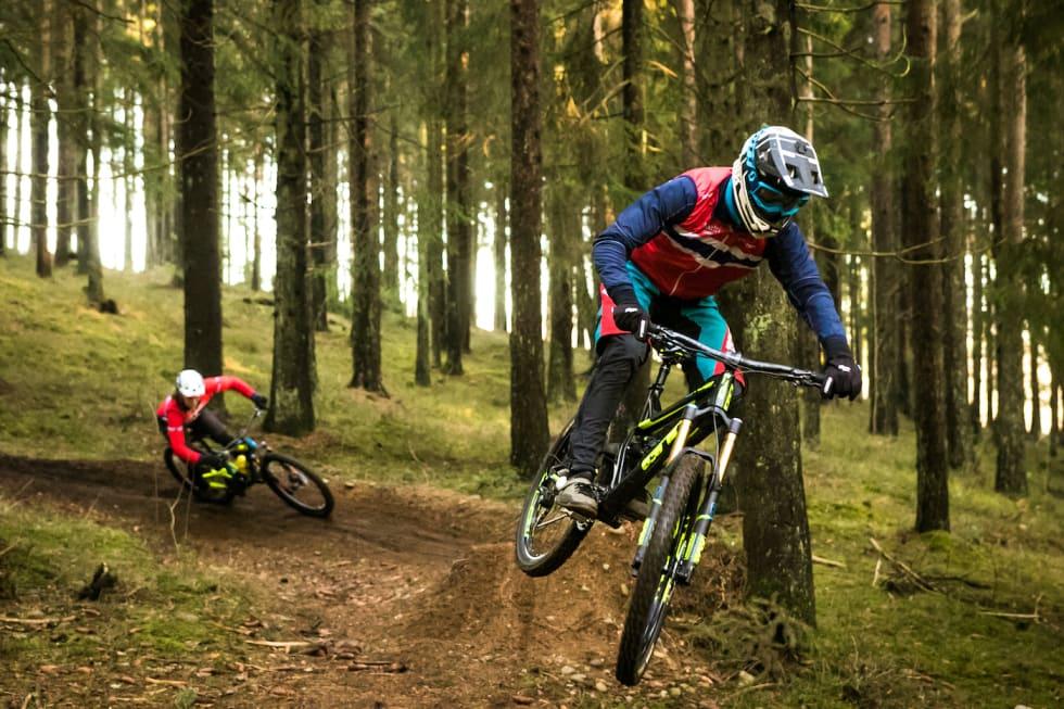 Simen Smestad og Ole-Herman Bergby - Foto Mayhem Media 1400x933