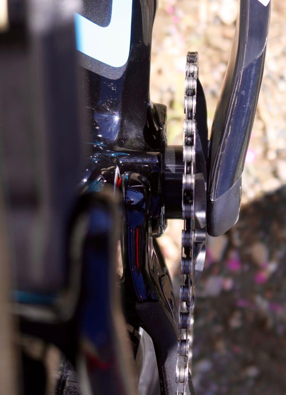 AIAIAI: Asymmetric integration er Cannondales unike høyrejustering av drivverket. Det gir et hjul med symmetrisk eikespenn og bedre plass til dekk og kjedestag.