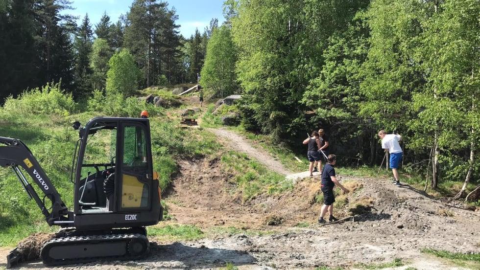 NOTS Follo dugnad Siggerud ferdighetsløype May 2018 - Foto Trond Dyrnes 1400x788