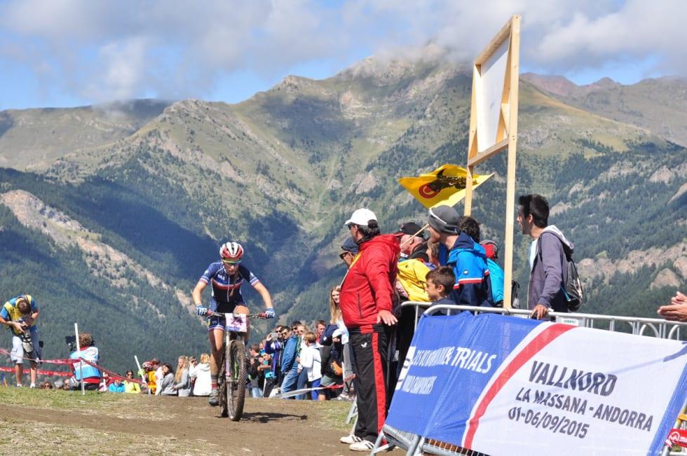 OVERLEGEN: Allsidige Pauline Ferrand Prevot var i en egen klasse i høyden i Andorra.