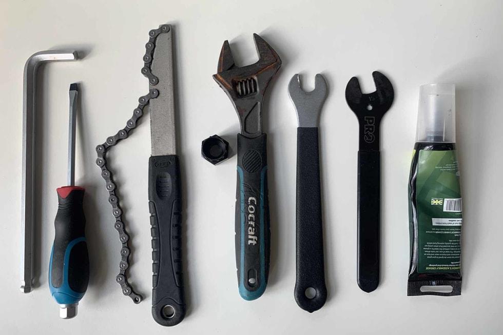 DETTE TRENGER DU: Dette er verktøyene du trenger for å skifte boss på sykkelen din.