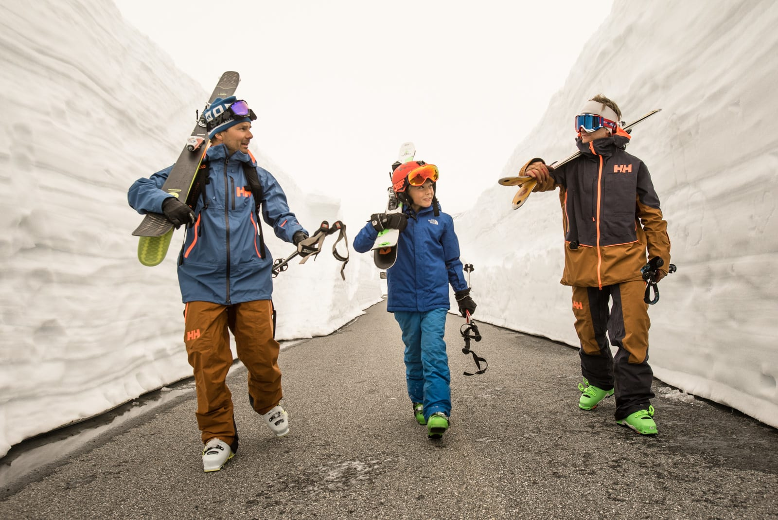 Fredrik Luytkis (t.v.), Storm Luytkis og Carl Peder Engeset har utallige timer sammen både i og utenfor løypene. Bilde: Christian Nerdrum